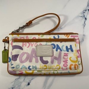 Coach Paint Hampton Graffiti Sig Wristlet